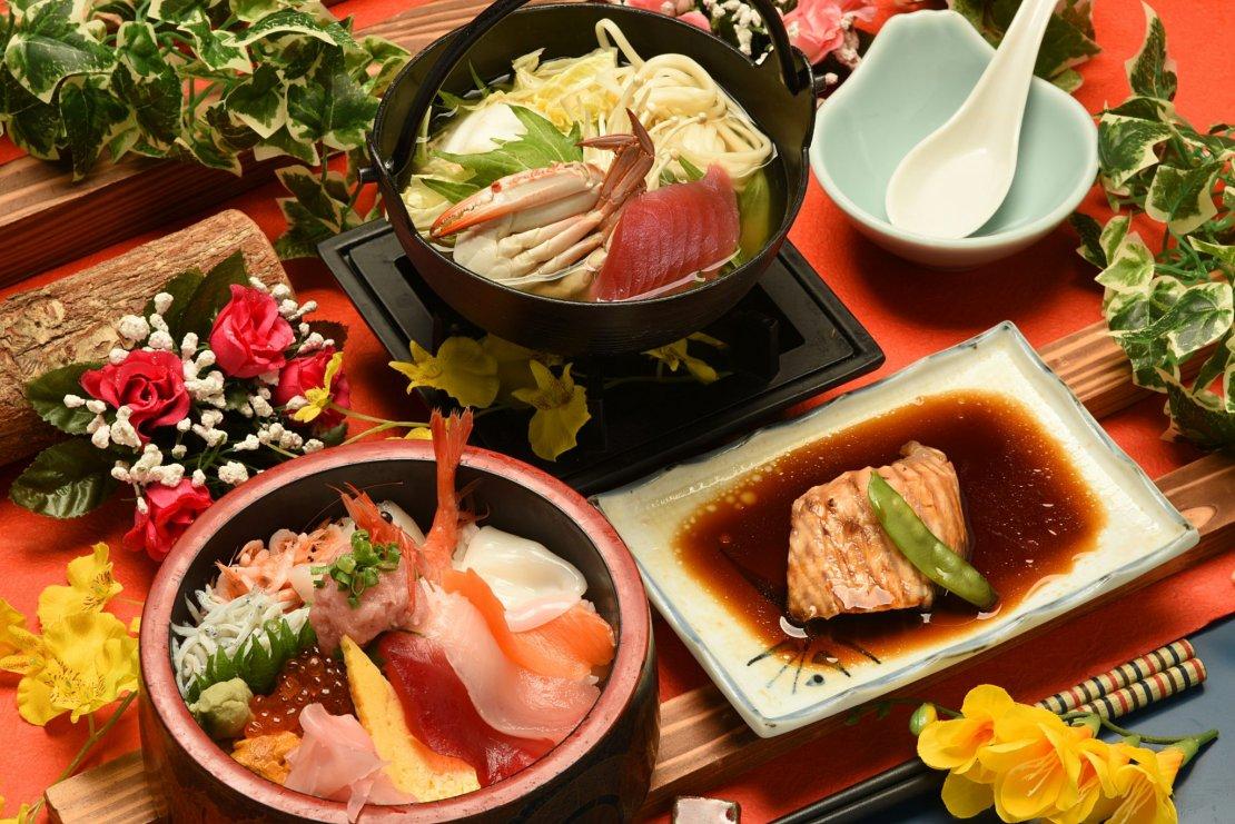 焼津さかなセンター12種てんこ盛り海鮮丼